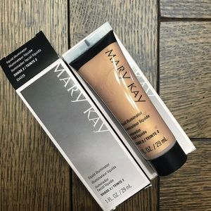 Mary Kay Liquid Illuminator in Shade 2